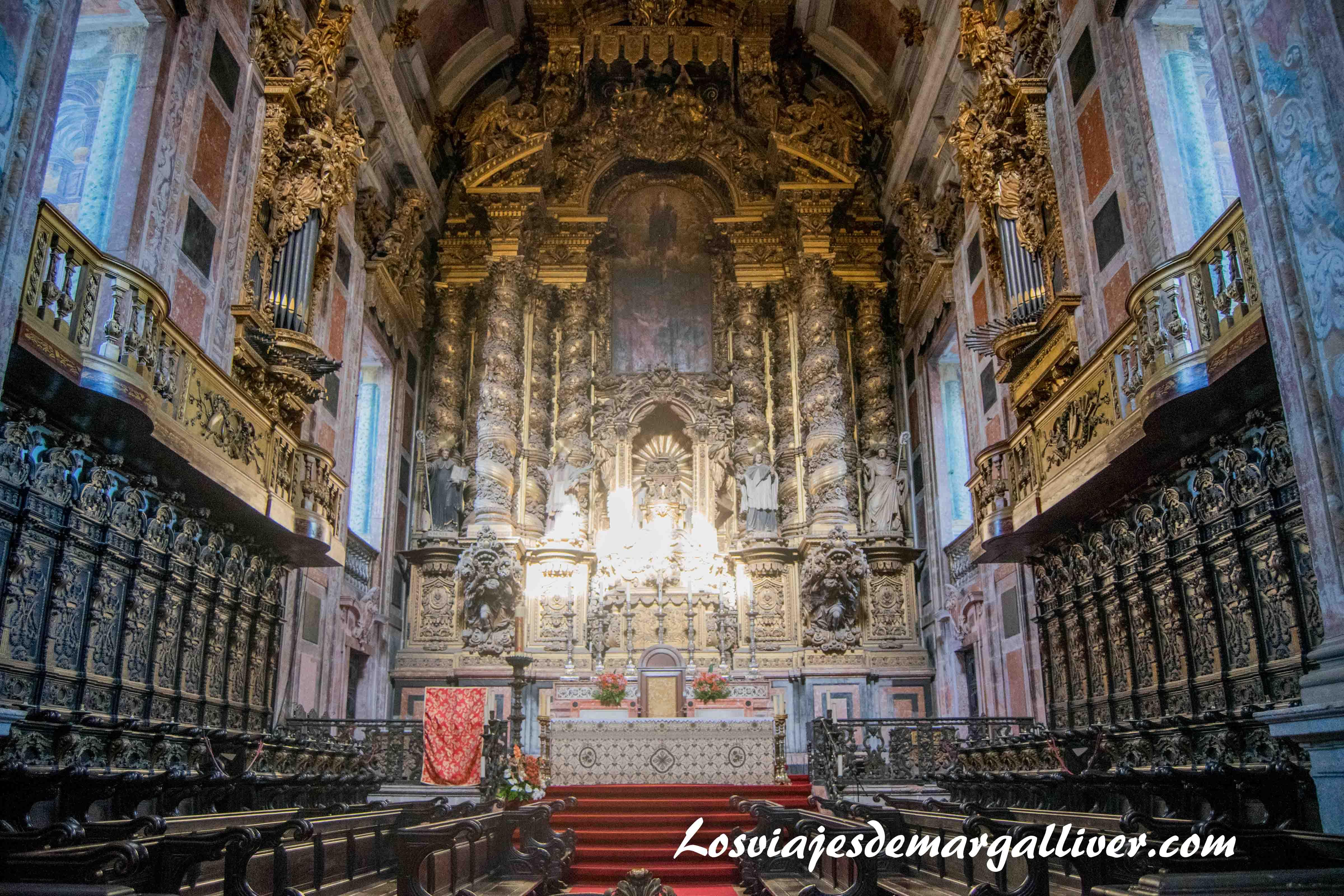 altar de la catedral de Oporto, visitar Oporto - Los viajes de Margalliver que ver en Oporto